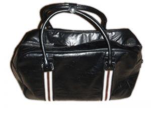 В продаже появилась новая сумка нидерландского бренда WE - очень мягкая...